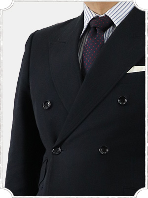 ヴィンテージ生地のダブルスーツ